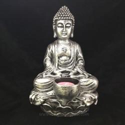 Buda meditación en resina plateada