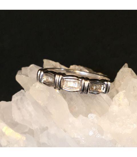 Anillos diamantes talla baguette
