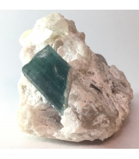 Cristal de Indigolita o Turmalina azul sobre cuarzo de Pakistán
