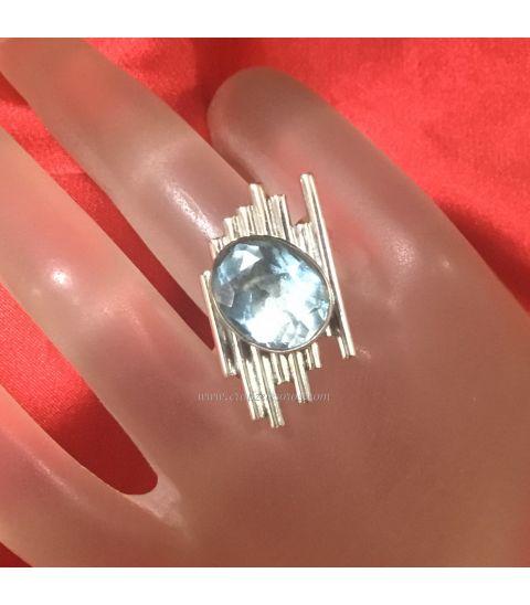 Grandiosa Aguamarina en anillo exclusivo de plata de ley