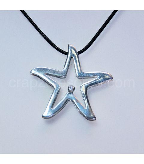 Estrella de mar doble con circonita en colgante de plata de ley
