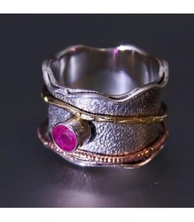 Rubí en anillo de plata de ley con cobre y plata dorada