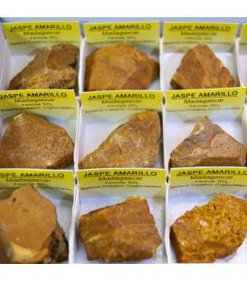 Jaspe amarillo de Madagascar en cajita de coleccion