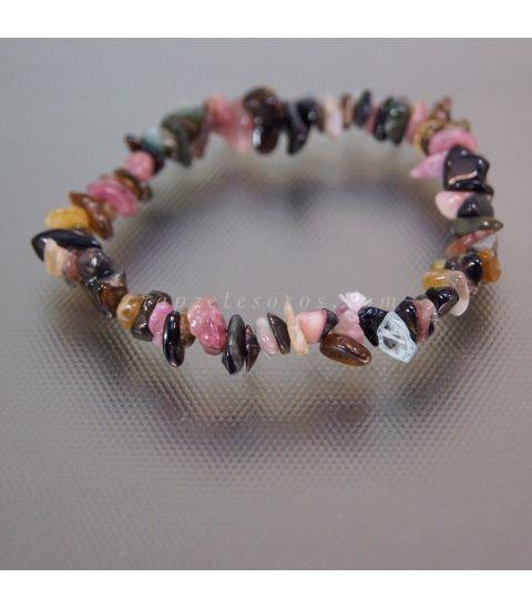 Turmalinas multicolor talla chip en pulsera elástica