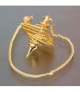 Péndulo de metal dorado en espiral cuadrada
