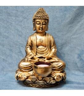 Buda madera meditación con vela