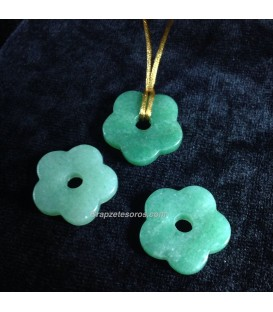 Aventurina verde en colgante flor con agujero
