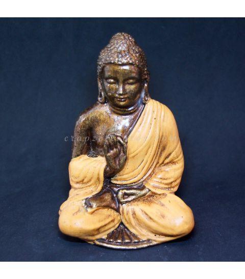 Buda de resina naranja de Indonesia