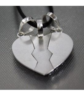 Corazón partio de plata de ley en tres colgantes