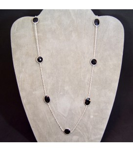 Ónix tallado en esferitas de 2 mm para collar de plata de ley