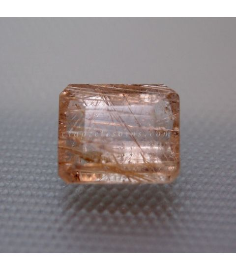 Cuarzo con Rutilo gema talla esmeralda tradicional