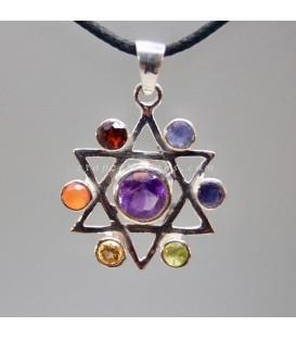 Estrella de David de los chakras en colgante de plata de ley