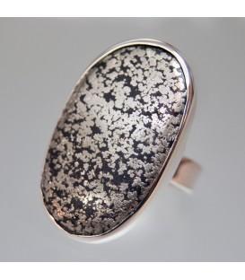 Ónix con pirita en anillo exclusivo de plata de ley