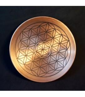 Bandeja circular de cobre con Flor de la vida grabada