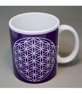 Flor de la vida grabada en taza de cerámica
