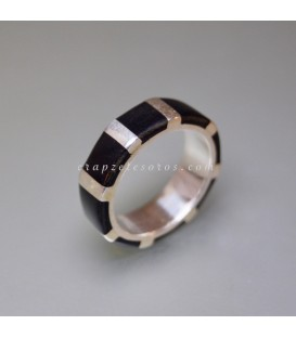 Shungitas talla rectangular en anillo exclusivo de plata de ley