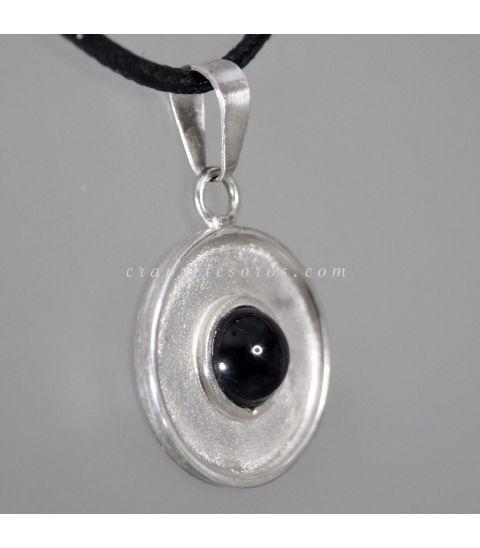 Colgante Eclipse de plata de ley con Turmalina negra