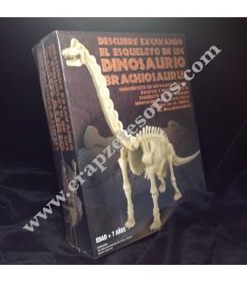 Conjunto de paleontólogo con dinosaurio Branchiosaurius por desenterrar