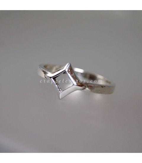 Flor de la vida en anillo realizado en plata de ley