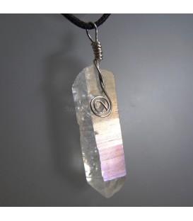 Cuarzo aura montado en colgante exclusivo de plata de ley