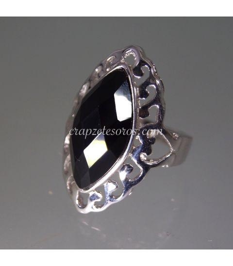 Ónix facetado ojival en anillo de plata de ley rodiada