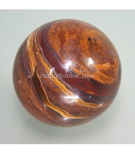 Ojo de hierro tallado como esfera de 32 mm