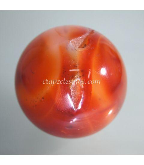 Carneola natural tallada en forma de esfera
