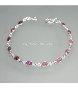 Rubelitas o turmalinas rosas talla cabujón en pulsera de plata de ley
