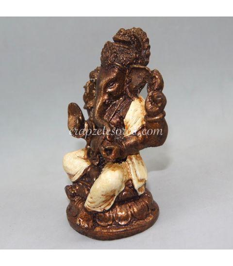 Ganesha de resina policromía blanca de Indonesia.