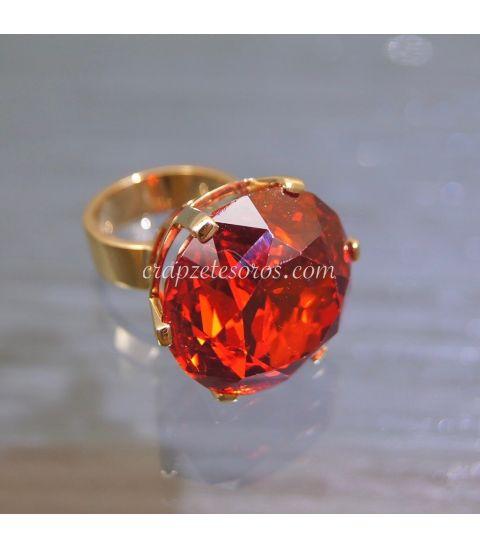 Circonita extra 5 A en anillo exclusivo de oro