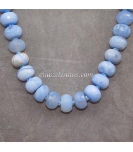 Calcedonia azul talla discoide en collar cierre de plata
