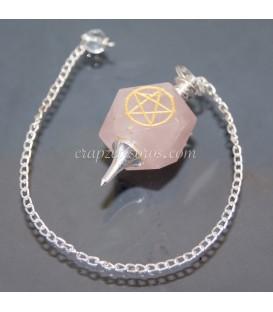 Péndulo con símbolo Pentagramatón o tetragramatón tallado en Cuarzo rosa de 14 caras