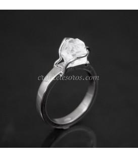 Cuarzo Herkimer en anillo de plata de ley. Hecho a mano
