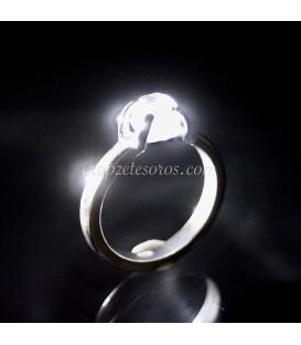 Cuarzo Herkimer en anillo de plata de ley