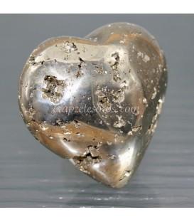 Pirita talla corazón de casi ocho centímetros