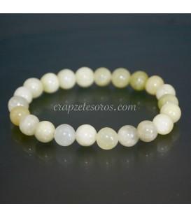 Jade talla esferas en pulsera elástica
