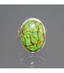 Magnesita verde con pirita en anillo de plata de ley