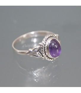 Exclusivo anillo de Amatista en plata matizada.
