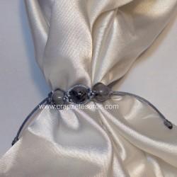 Cuarzos Turmalinados en esfera en sujeta pañuelos ajustable de macramé