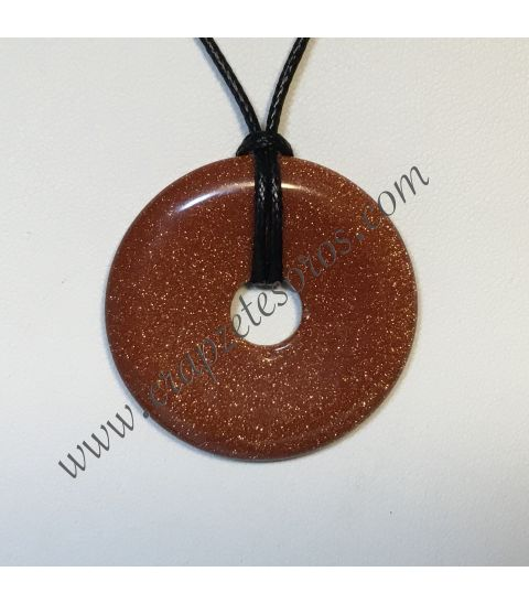 Aventurina oro o dorada tallada en colgante en forma de disco o donut