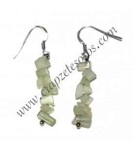 Jade chip en pendientes de plata de ley